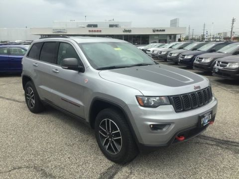 Pre-Owned 2020 Jeep Grand Cherokee Trailhawk With Navigation & 4WD
